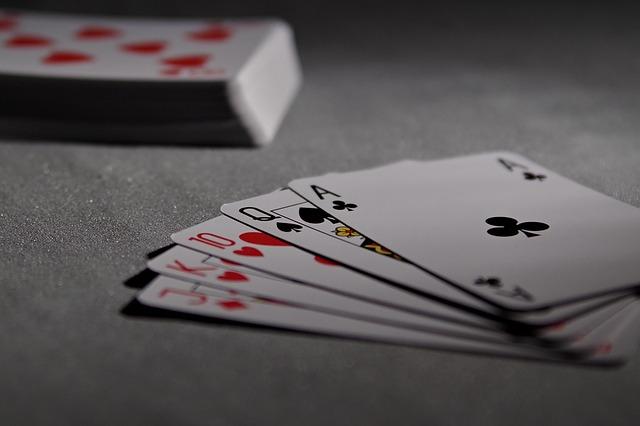 hrací karty.jpg